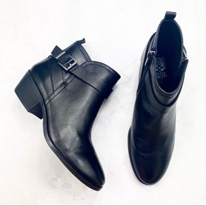 [Vince Camuto] Classic Black Leather Boots